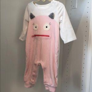 Gap baby girls fleece onesie